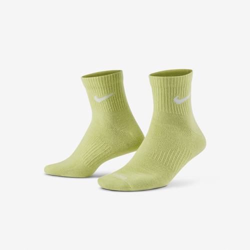 Nike Everyday Plus Lightweight Training Ankle Sock 3 Pack in Multi Lime Army White