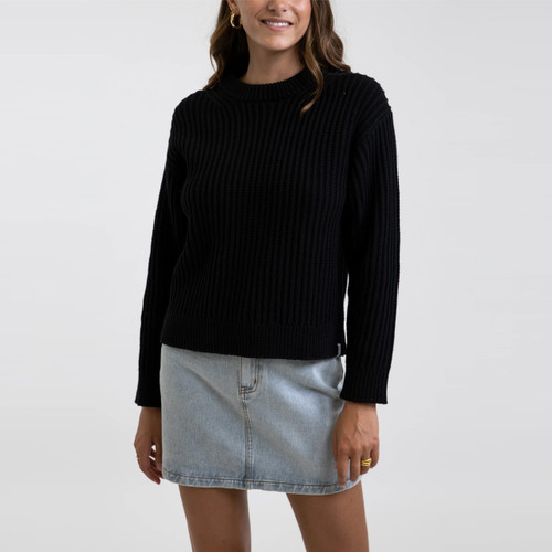 Rhythm Classic Cable Knit Sweater Womens in Black