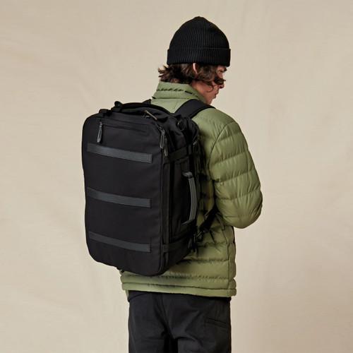 Globe Velocity 3 in 1 Travel Bag in Black