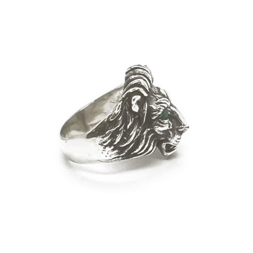 Sterling Silver Medium Lions Head Ring w/stones
