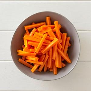 Baton Carrots Side Portion High Angle