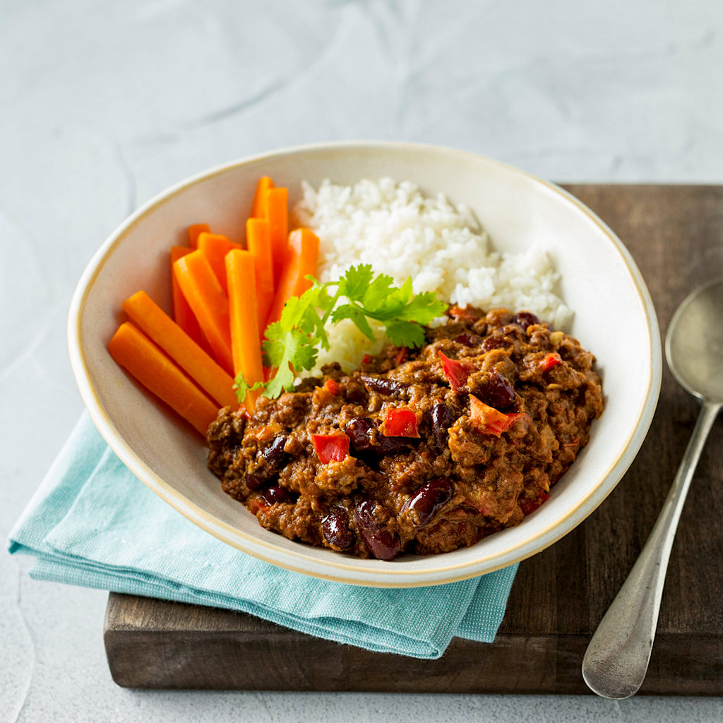 Chilli Con Carne With Rice And Carrots Eye Level