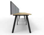 Fluid 4 Person Single Sided Workstation With Screen