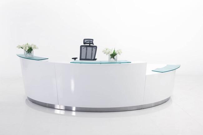 Evo Three Person Reception Counter