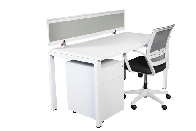 Ventura 1 Person Complete Desk Pod with Screen