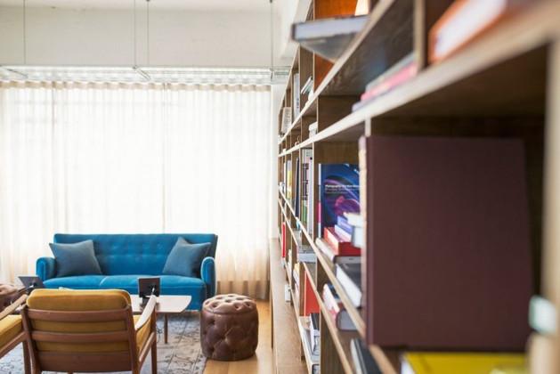 Office Bookshelves for Maximum Benefits