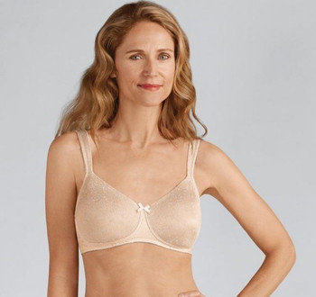Amoena Mastectomy Bra Gracy -front  Padded Bra | Wire-free