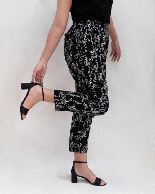 Pegged Pants - Black Parang Bagong