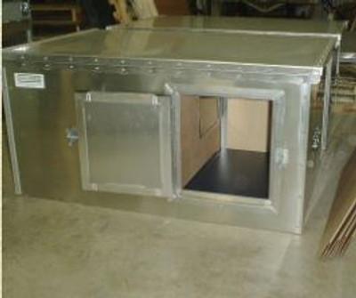 Dog Box 45 x 30