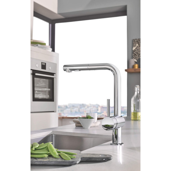 Grohe - Minta® Single-Handle Pull-Out Kitchen Faucet Dual Spray