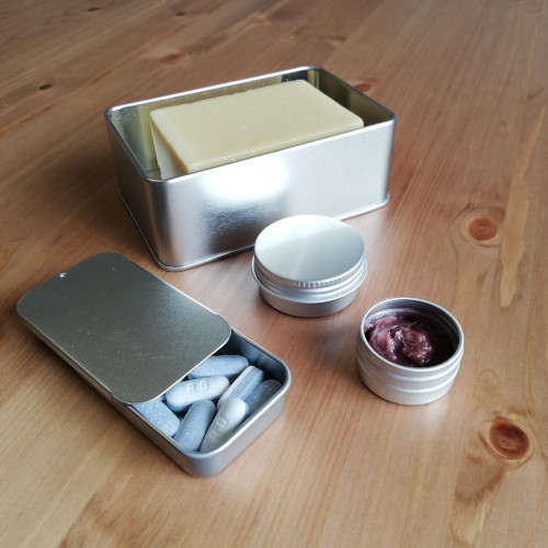 Metal travel kit - 4 pieces - context photo