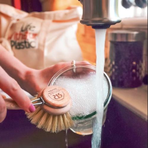Plastic-Free Dish Washing Brush - Hard Bristles
