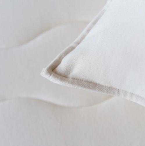Obasan Wool Toddler Pillow - Corner
