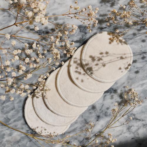Organic Cotton Reusable Face Pads - context
