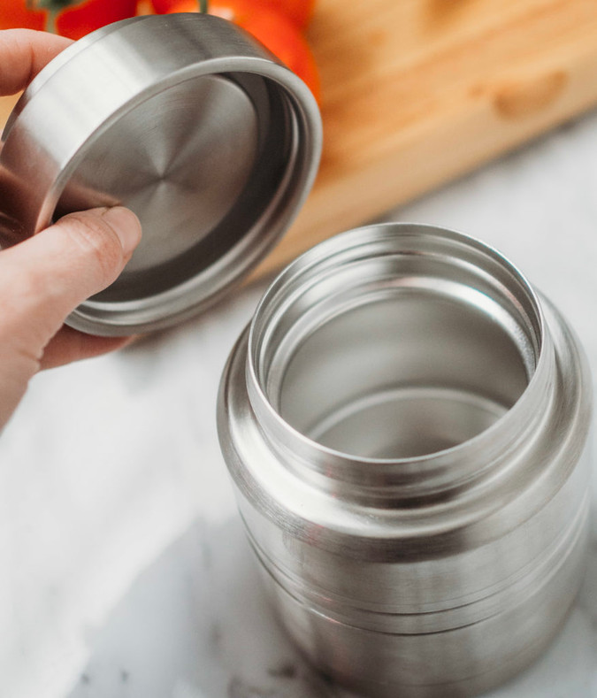 Finally here! A Vacuum Insulated Thermal Food Container Without Plastic!