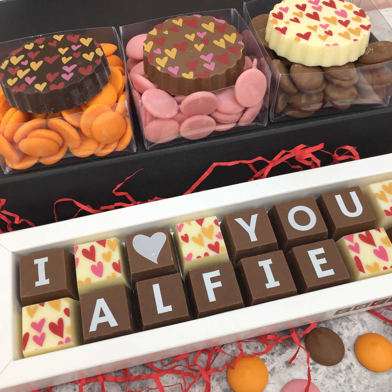 99218a5afd01b Personalised Gift Box of Chocolates with I love you message
