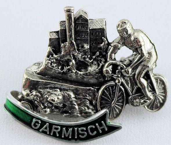 HP8465 Bicyclist City Scene GARMISCH
