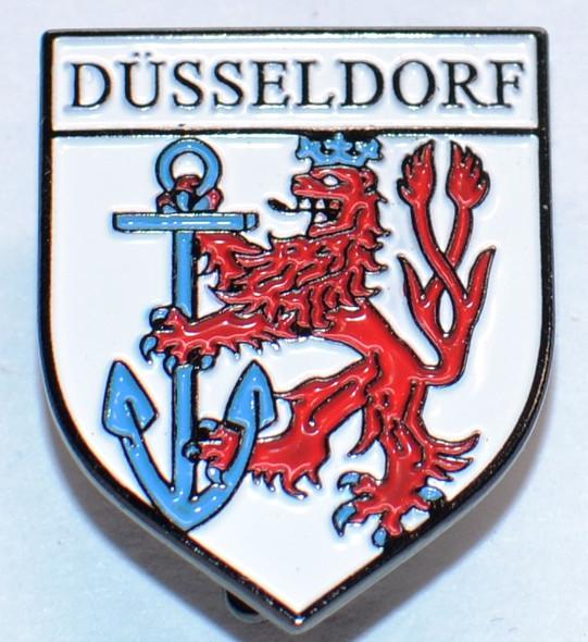 HP8509 DüSSELDORF Crest Hat Pin