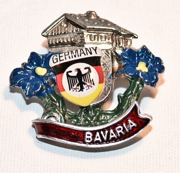 HP8332 Chalet with enzian  Hat Pin BAVARIA