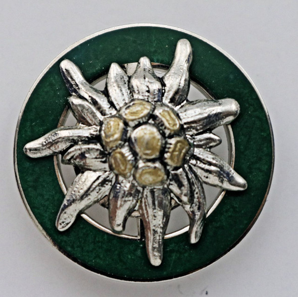 HP8425 Edelweiss in Green Circle Hat Pin