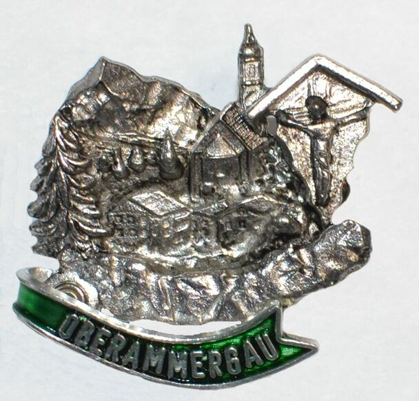 HP8467 Passion Play hat pin OBERAMMERGAU