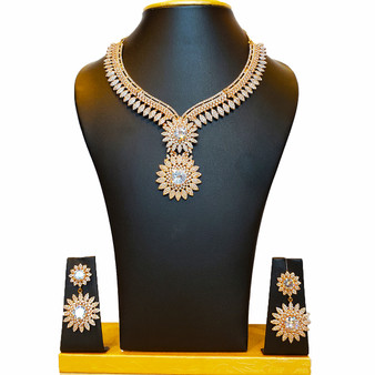 Rose princess necklace