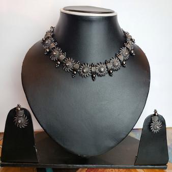 Bl. Oxi Necklace set