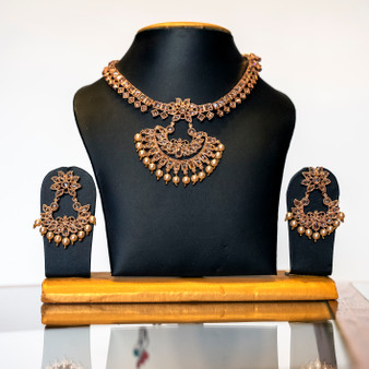 Rose G Necklace set