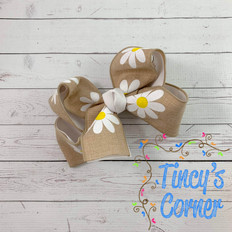 Daisy Linen with White Boutique Hair Bow