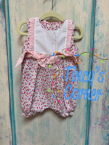 Infant Girl's Floral Bubble Romper w/Monogram Bib
