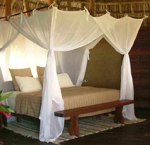 Superking mosquito net over large bed