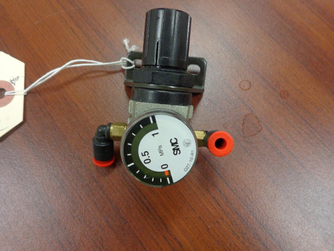 SMC AR1000-M5-1 Air Regulator w/Guage 0-1 Mpa