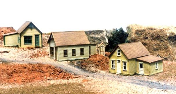 REESE STREET ROW HOUSES KIT