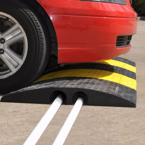 HRTHERMO heavy duty cable and hose ramp