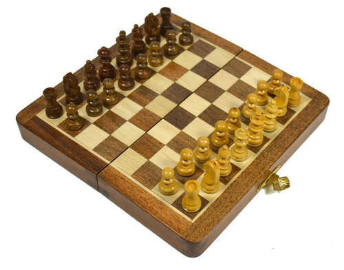 image of chess set