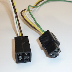 4-Pole Square Plug Set