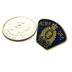 Canada RCMP GRC Police Shoulder Flash Lapel Pin