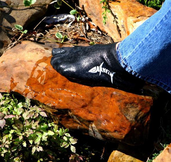 Darkfin Split-Toe Bootees