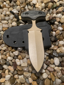 "3.5 "" Push dagger, Desert Tan finish, Black Micarta handle"