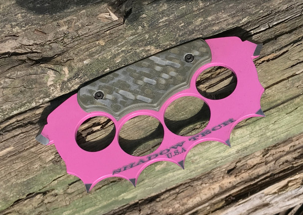 Trench Knuckles:OD Green\Tan 3D machined G10 Handle, 440c Steel, Pink Powder Coat Finish