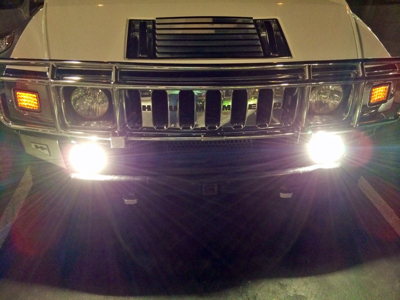 100w Super White Xenon Gas Filled H13 HIGH//Low Beam Light Bulbs for 05-12 Ford Mustang// 07-12 GMC Yukon // 06-10 Hummer H3// 07 08 09 10 11 Jeep Compass// Including Denali and XL