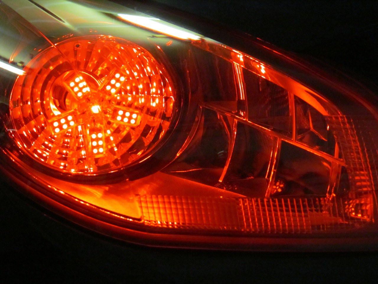 Pontiac Solstice Custom LED Tail Lamp Spider Light Bulbs Set