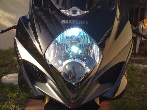 2005 2006 2007 2008 Suzuki GSX-R1000 GSXR 1000 Bright White Low High Headlamp Headlight Light Bulbs