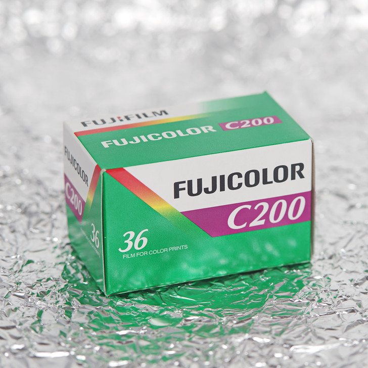 Fuji C200 36exp 35mm color film (single BOXED)