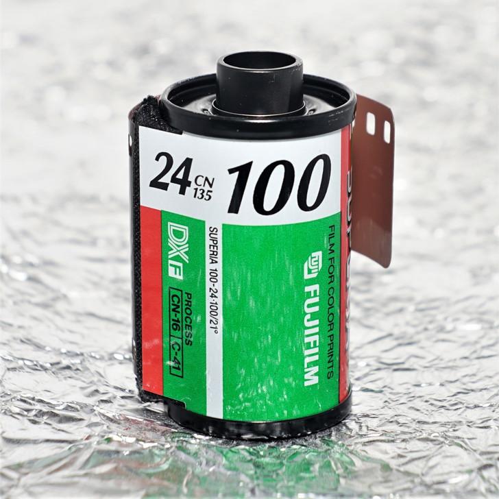 Fuji Superia 100 24 exp 35mm film (expired)