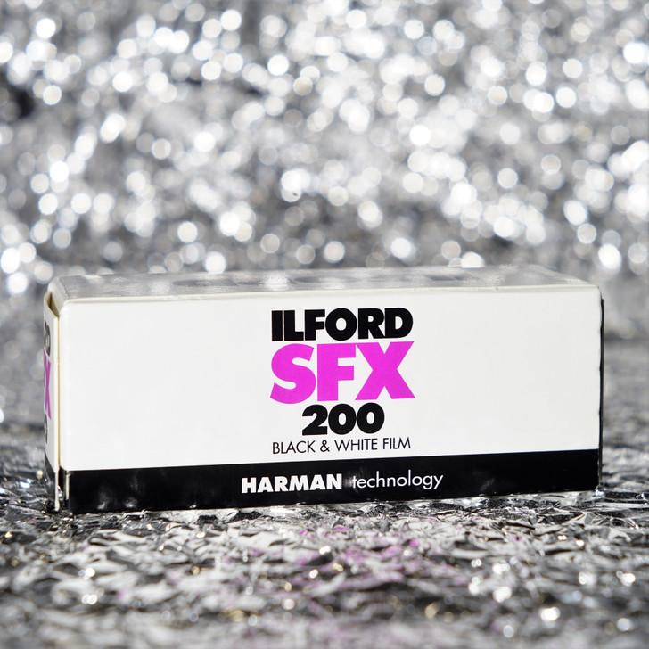Ilford SFX 200 120 black/white film