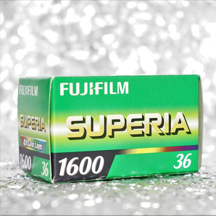 Fujifilm Superia 1600 35mm film (EXPIRED)