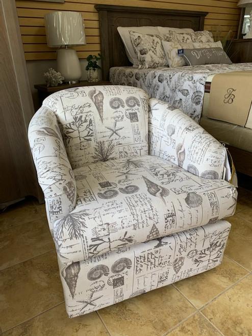 2568 Swivel Chair - Smoke Shells