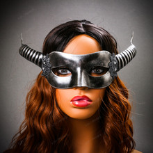 Devil Masquerade with Horns Halloween Eye Mask - Black Silver with model