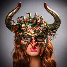 Demon Forest Devil Satan with OX Horns Masquerade Mask - Black Gold  with Model